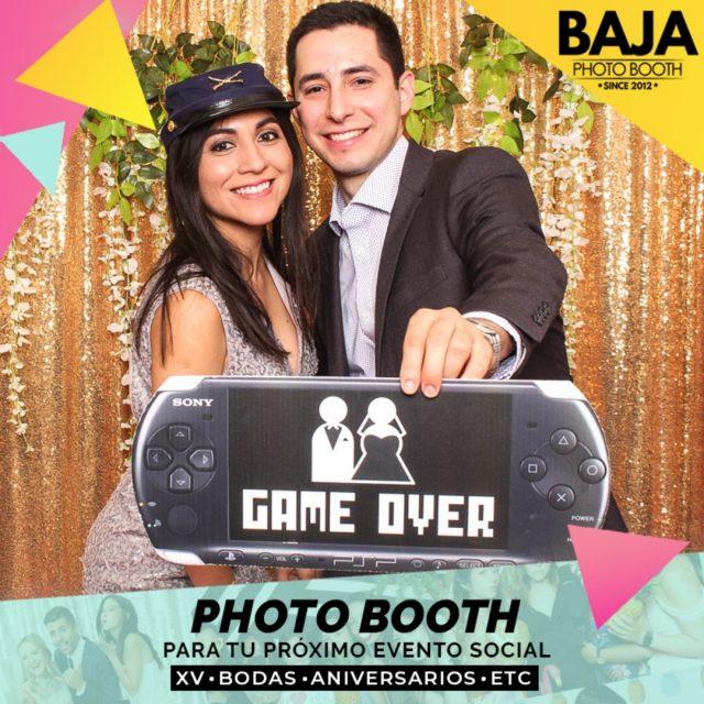 ¿Estas iniciando los preparativos para tu evento? no olvides agregar el #photobooth dale un toque divertido a tu evento con BAJA PHOTO BOOTH estamos disponibles en el 664 3066139  #bodas #quinceaños #cumpleaños #props #funnyphoto #wedding #sweetsixteen #tijuana #fun #photographer