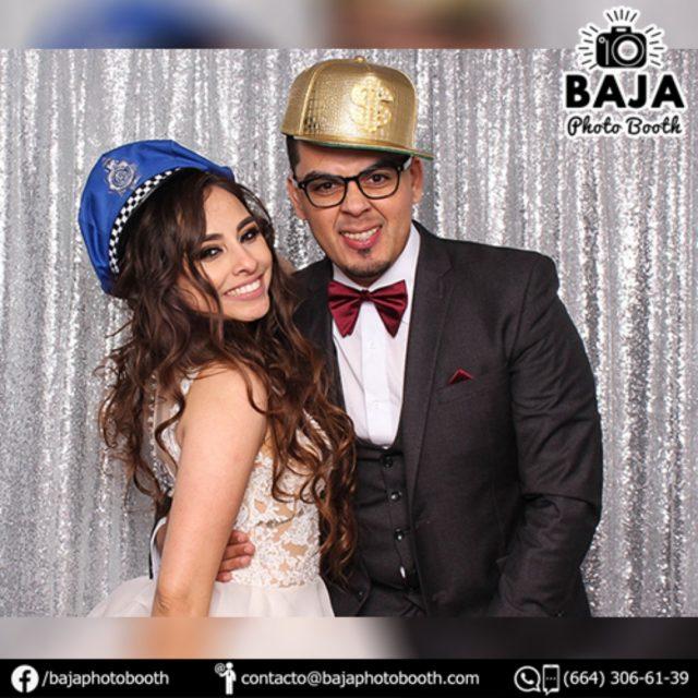 #vivalosnovios Idolina y Fernando =) Baja Photo Booth (664) 306-61-39 . . . .  #tijuana #diversion #calidad #cabinadefotos #photobooth #BridalShower #babyshower #boda #wedding #party #quinceaños #xvs #xv #sixteen #despedidadesoltera #happybirthday #birthday #15años #quinceañera #accesoriosdivertidos #fotosdiveridas