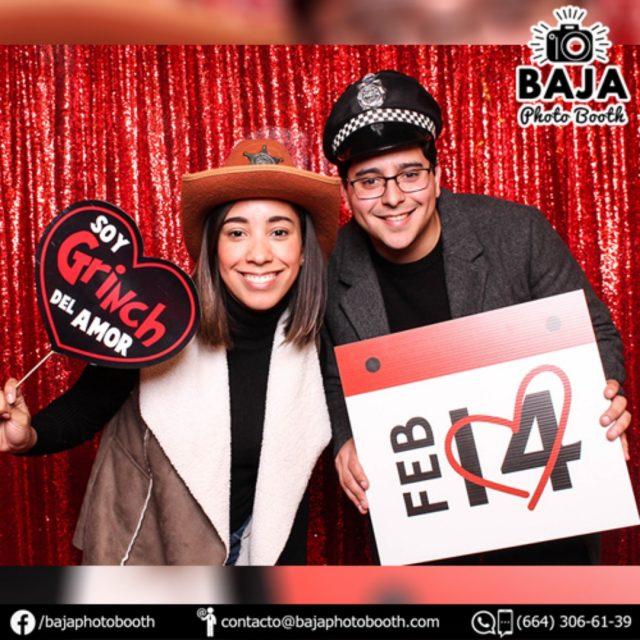#photobooth #hornero #valentinesday #diadelamorylaamistad #amistad #novios #goodfood #dinner (664) 306-61-39 . . . #tijuana #diversion #calidad #cabinadefotos #photobooth #BridalShower #babyshower #boda #wedding #party #quinceaños #xvs #xv #sixteen #despedidadesoltera #happybirthday #birthday #15años #quinceañera #accesoriosdivertidos #fotosdiveridas